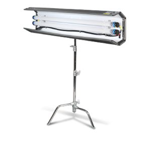 FILMGEAR LIGHTING 2 BANK 4 FT FLO-BOX SET INCLUDES, LAMPHEAD, LOUVER, MOUNT, AC BALLAST AND (25 FT.) EXTENSION CABLE