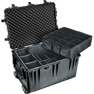 Pelican 1660 Case With Padded DIVider Set - Black